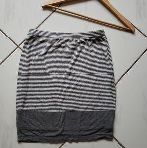 Max studio gray pencil soft skirt bodycon small